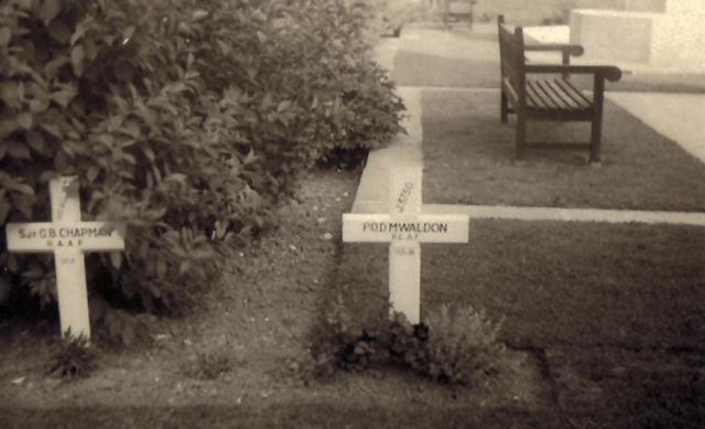2008_11_11-grave