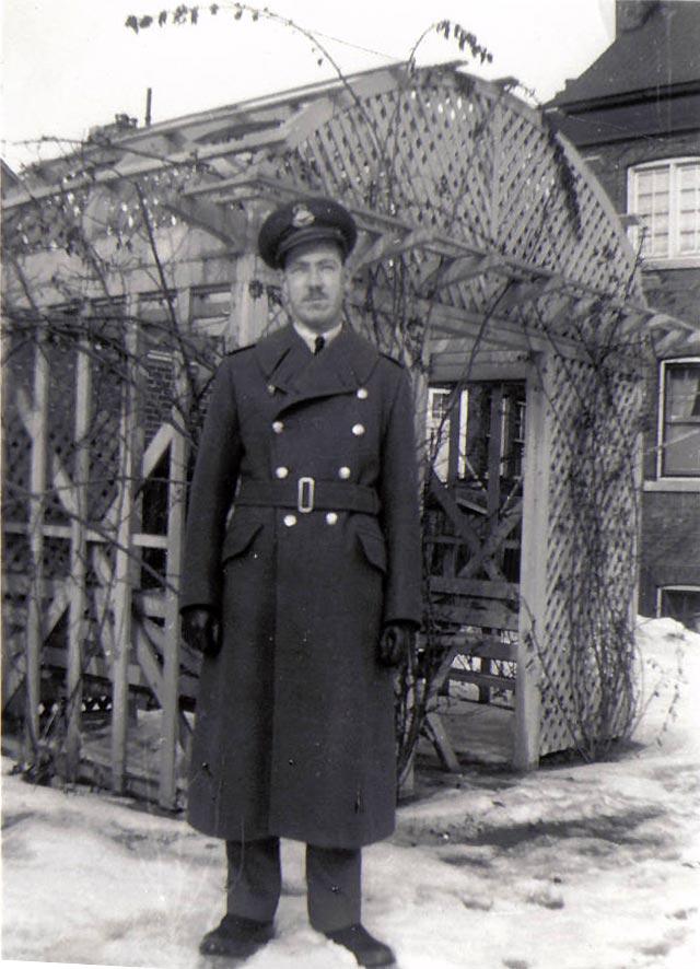 2008_11_11-uniform