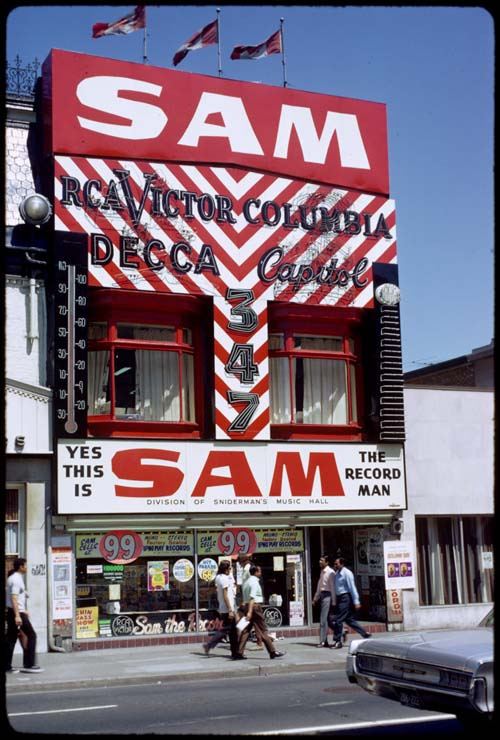 View of Sam the Record Man on Yonge Street