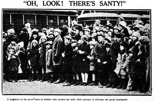 tely 1926-11-20 santa claus parade look there's santy